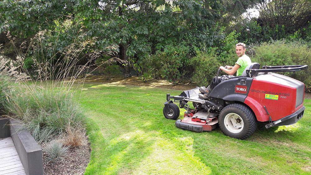 Jardi Services pour l'entretien de votre jardin